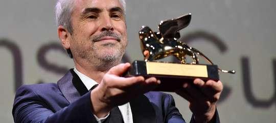 Venezia cinema leone doro a roma del registra messicano cuaron