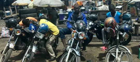 GoogleMapscorre in aiuto dei tassisti su moto nelle città africane