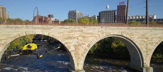 Droni per capire se i ponti sono sicuri (e risparmiare): il progetto diIntel
