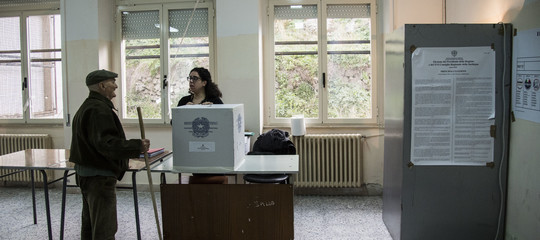 Regionali la politica calabrese si frammenta in vista del voto