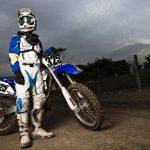 Il kit del perfetto pilota di motocross